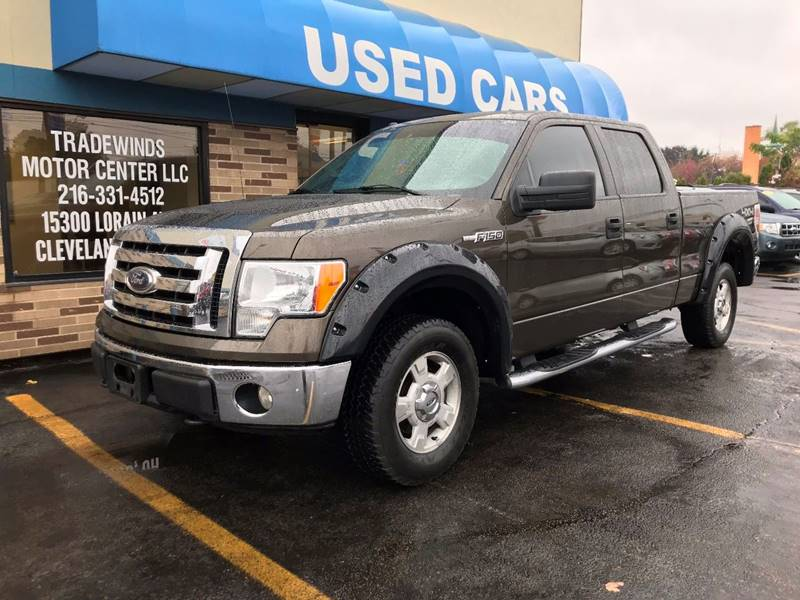 2009 FORD F150 SUPERCREW xlt for sale at Tradewinds Motor Center