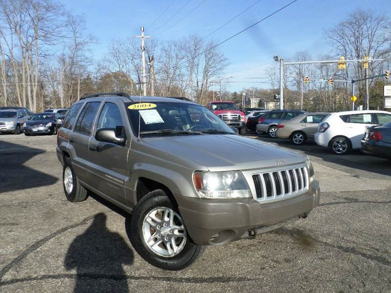 2004 JEEP GRAND CHEROKEE LAREDO for sale at Action Motors