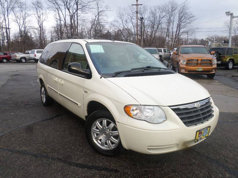 2007 CHRYSLER TOWN & COUNTRY TOURING for sale at Action Motors