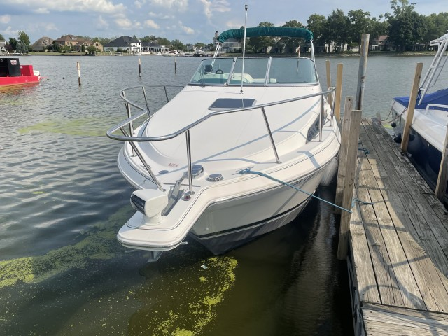1995 Wellcraft 2700 Martinique  for sale at True North Yacht Sales & Service